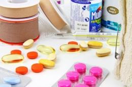 Ilustrasi obat-obatan (Sumber gambar: Pixabay/PublicDomainPictures)
