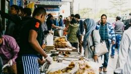berbagai masakan halal dari berbagai negara disajikan