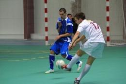 Ingat Umur Jika Tak Mau Kolaps Saat Olahraga (Foto futsal amatir: pixabay.cok/apnew0)