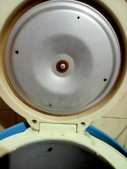 Rice cooker setelah dibersihkan (dokpri)