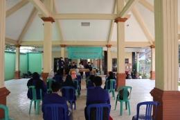 Gambar 1. Dokumentasi acara pembukaan KKN di Desa Blayu / dokpri