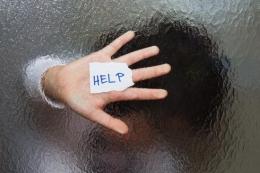 Ilustrasi korban pelecehan seksual mencari pertolongan. Sumber: Shutterstock via Kompas.com