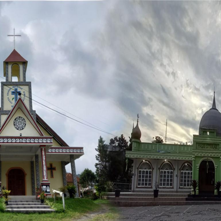 ilustrasi tempat ibadah yang berdampinga (dokpri)