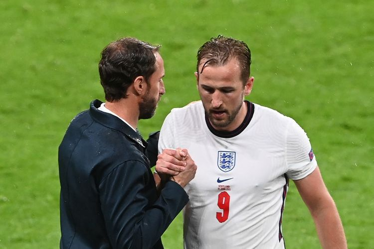 Penyerang Inggris, Harry Kane gagal menjebol gawang Skotlandia sehingga pertandingan berakhir seri 0-0 (Sumber: kompas.com)