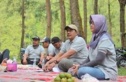 Rakor Out Door di Hutan Pinus Loji | Foto: Siti Nazarotin