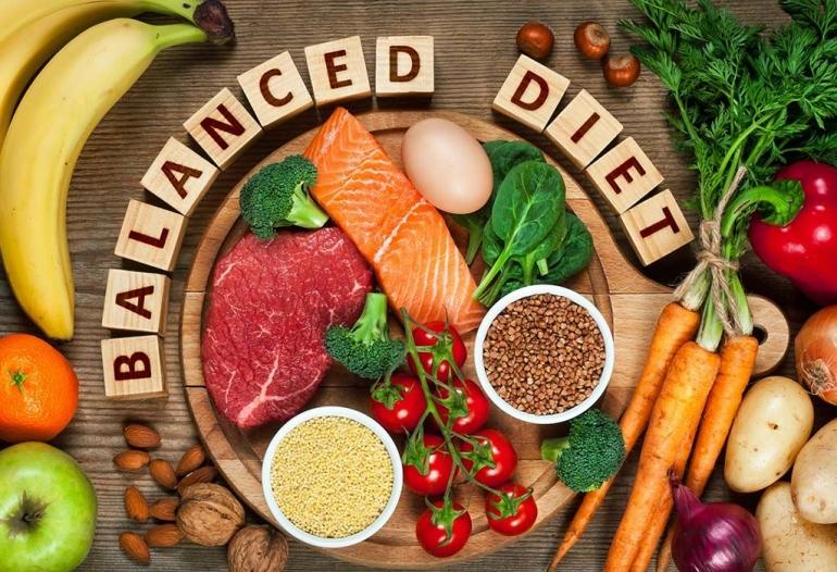 Makanan diet seimbang (sumber : untungdicover.com)