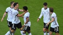 Pemain timnas Jerman beselebrasi bersama usai cetak gol (goal.com Indonesia)