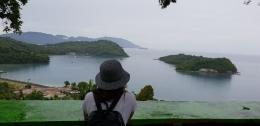 Panorama yang memukau saat mencicipi seporsi rujak buah di Sabang (dokpri)