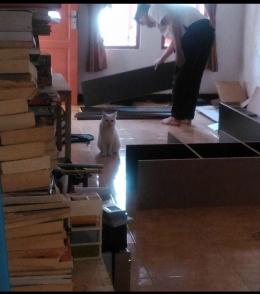 Tumpukan Buku dan Calon Rumah Baru Mereka |Dokumentasi Pribadi