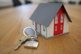 Ilustrasi membeli rumah. (UNSPLASH/TIERRA MALLORCA via Kompas.com)