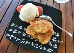 Pisang goreng, kudapan Asia kegemaran orang Eropa | foto: HennieTriana—