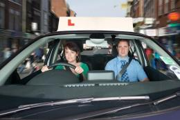 Ilustrasi belajar mengemudi (DVSA via The Sun via otomotif.kompas.com)