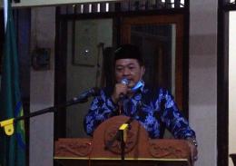 Kepala Desa Sedati Gede dalam sambutannya saat Pelantikan dan Pengukuhan Karang Taruna Sedati Gede | Foto: Kinan