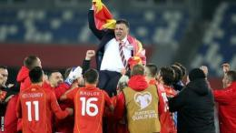 Pelatih Igor Angelovski menjalani saat-saat terkahir bersama timnas Makedonia Utara.bbc.com