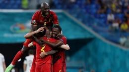 Pemain Belgia merayakan gol ke gawang Finlandia. (via espn.in)