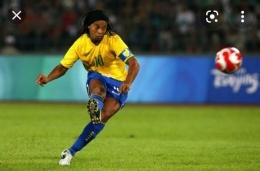 Ronaldinho, Brasil. Sumber: Kompas.com