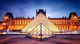 Museum Lovre di Paris, Perancis(sumber: Risal.info)