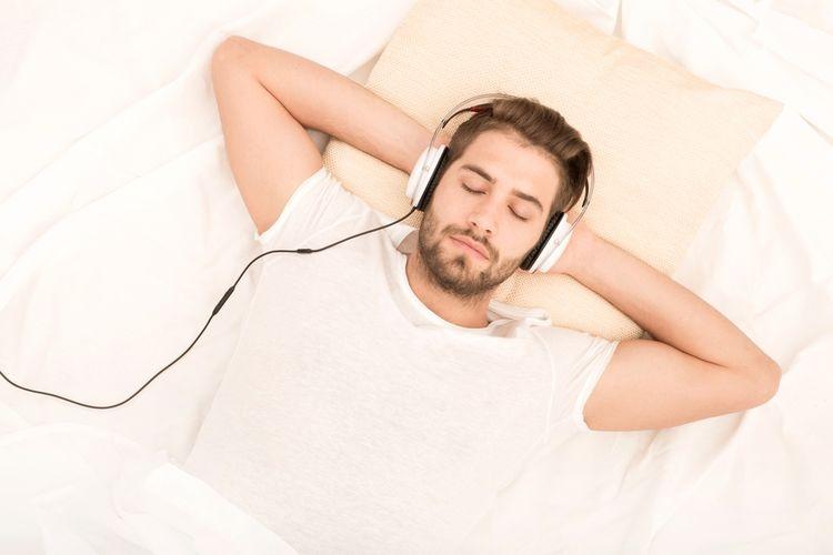 Pengidap musical anhedonia tak akan merasakan apapun ketika mendengarkan berbagai genre musik. Sumber: Shutterstock via Kompas.com