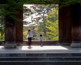 Ilustarasi Ibu dan anak di Jepang   pexels/Andrey Grushnikov