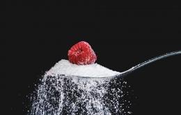 Kurangi bahkan lenyapkan konsumsi gula sebagai pemanis, namun konsumsi sumber gula alami seperti raspberry (Pixabay)