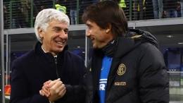 Para manajer yang identik dengan skema tiga bek, Gian Piero Gasperini dan Antonio Conte. (Foto : www.gazzetta.it)