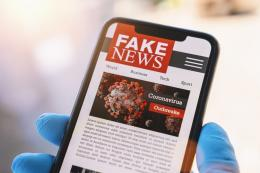Ilustrasi berita hoax terkait covid-19. Sumber: Shutterstock via Kompas.com