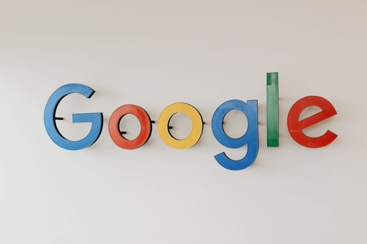 Logo Google di kantor Google Indonesia, SCBD Jakarta  Sumber: CONNEY STEPHANIE/KOMPAS.com