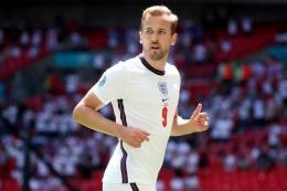 Harry Kane, penyerang timnas Inggris tampil melempem di tiga pertandingan Euro 2020 (sumber : kompas.com)