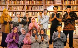 KELUARGA CENDIKIAWAN MUSLIM DALAM PERGERAKAN NASIONAL MES DI INDONESIA. (Dokumen Pribadi)