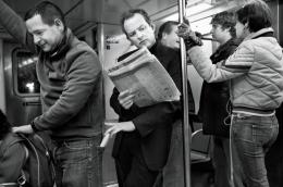 Sekalipun sopir angkot tahu ada komplotan pencopet, mereka tidak memberi tahu penumpangnya (ilustrasi: clevertravelcompanion.com)