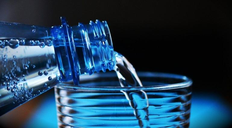 Tips Minum Air Putih Agar Kebutuhan Harianmu Tercukupi, Penting Banget Loh! (Source:Pixabay/Congedesign)