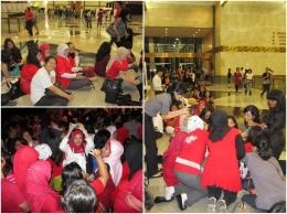 Antre menonton KAHITNA di Jakarta Convention Center  dok. pribadi.
