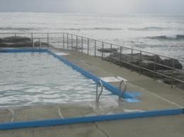 kolam renang air laut (dok pribadi)