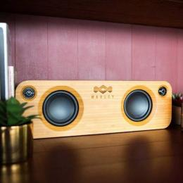 Material bambu pada faceplate speaker audio. (Dok. houseofmarley.id)