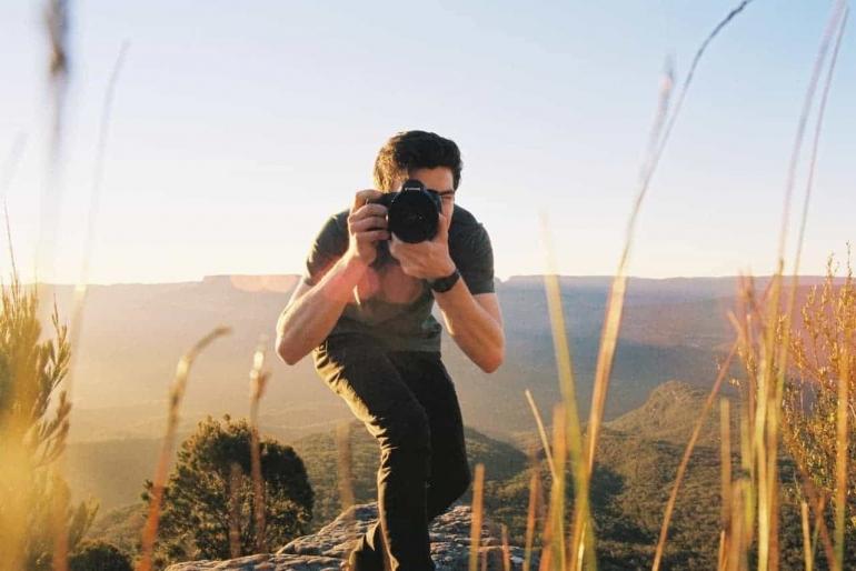 Ilustrasi memotret di alam bebas.Sumber: photoworkout.com