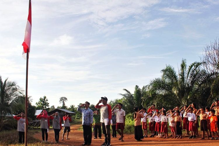 Salah satu program Kampus Merdeka yaitu Kampus Mengajar (Kompas.com/Kontributor Nunukan, Sukoco)