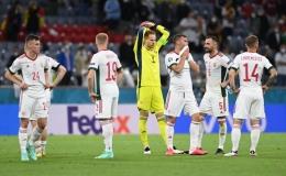 Para pemain Hungaria (via The Standard)