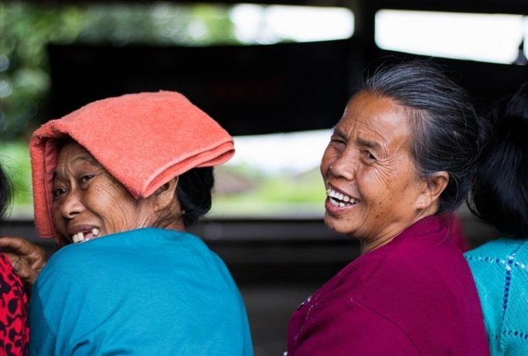 Ilustrasi. Puisi senyuman dan sapaan setulus hati   Foto diambil dari Mojok