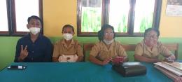 Disela-sela akhir kegiatan pembelajaran bersama siswa-siswa kelas 3B (Dokpri)