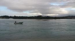 Boat ,dimana seorang sedang memancing ikan (dok pribadi)