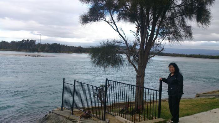 berfoto dipinggir danau Illawara (dok pribadi)