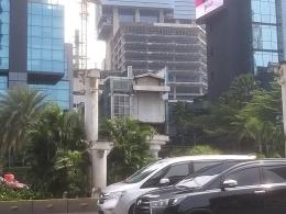 Dokumentasi pribadi   Struktur lift JPO di Jalan Sudirman, yang tersisa karena dibongkar tahun 2020