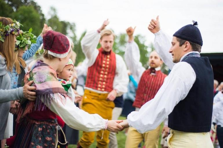 Swedish pada menari (foto: visitsweden.se)