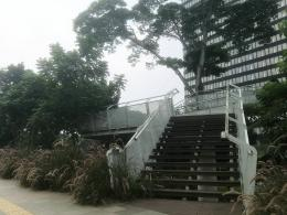Dokumentasi pribadi    Area anjungan taman bertingkat dan wahana bermain di area Dukuh Atas, jalan Sudirman