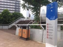 Dokumentasi pribadi Ruang public area Dukuh Atas, sebuah anjungan taman bertingkat, untuk beristirahat di tengah2 pencakar langit jalur protocol Jakarta