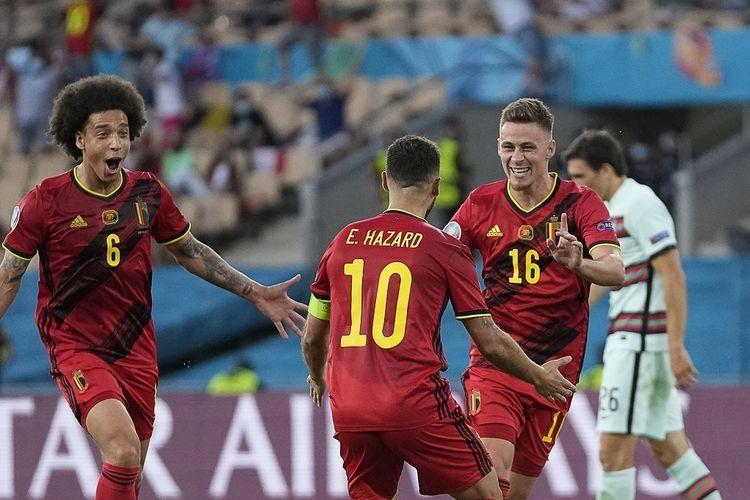 Para pemain Belgia merayakan gol ke gawang Portugal. Sumber foto: AFP/THANASSIS STAVRAKIS via Kompas.com