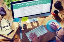 Ilustrasi mengisi data pribadi ke situs pinjaman online abal-abal. Sumber: Shutterstock via Kompas.com