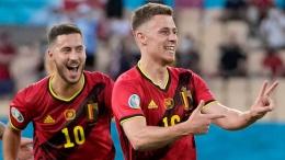 thorgan dan Eden Hazard selebrasi gol kemenangan atas Portugal (Foto Skysports)