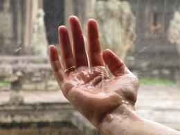 Hujan Lewat ( Pixabay.com )
