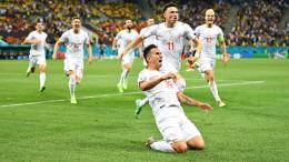 Selebrasi Mario Gavranovic yang berhasil membuat gol penyama kedudukan 3-3 untuk Swiss (Foto Skysports)